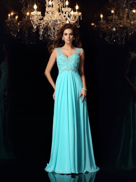 A-Line/Princess Sleeveless Sweetheart Chiffon Sweep/Brush Train Dresses with Beading