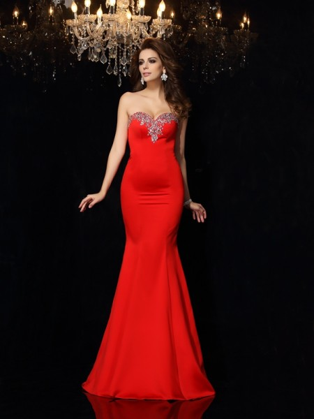 Sheath/Column Sweetheart Sleeveless Satin Court Train Prom/Evening Dresses with Beading