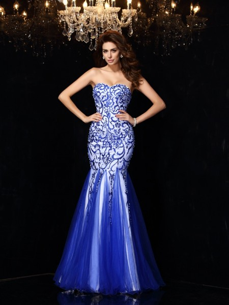 Sheath/Column Sleeveless Sweetheart Net Long Prom/Evening Dresses with Beading