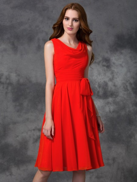 A-line/Princess Sleeveless Scoop Knee-length Chiffon Bridesmaid Dress with Ruffles