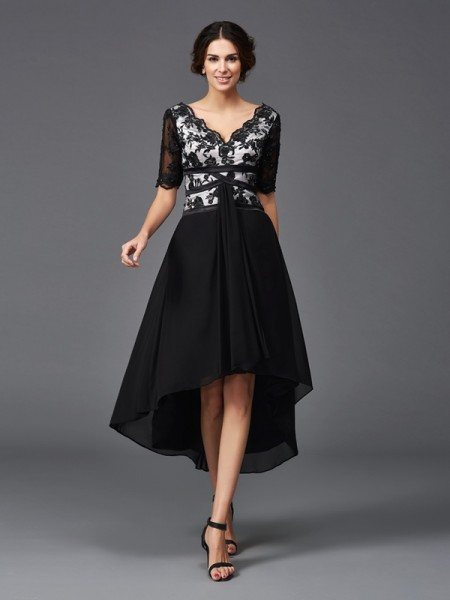 A-Line/Princess V-neck 1/2 Sleeves Asymmetrical Chiffon Cocktail Dress with Lace