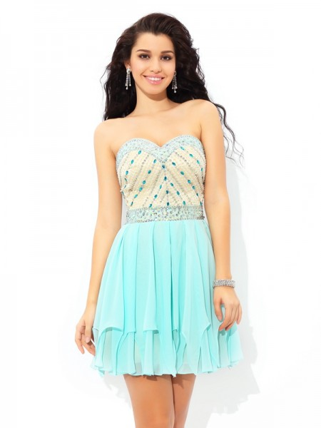 A-Line/Princess Sweetheart Chiffon Short Cocktail Dress with Beading