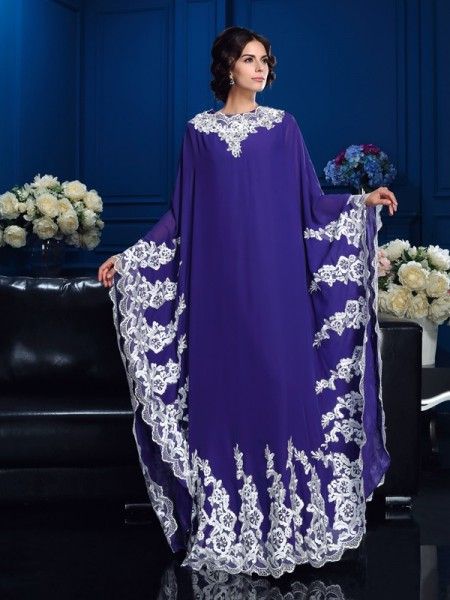 A-Line/Princess Scoop Long Sleeves Floor-Length Chiffon Mother Of The Bride Dress with Applique