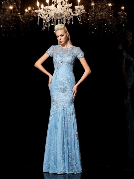 Sheath/Column Sheer Neck Short Sleeves Floor-Length Evening Dress with Lace Applique