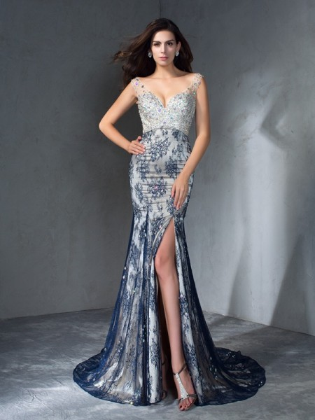 Trumpet/Mermaid V-neck Sleeveless Sweep/Brush Train Prom Dress with Lace with Beading