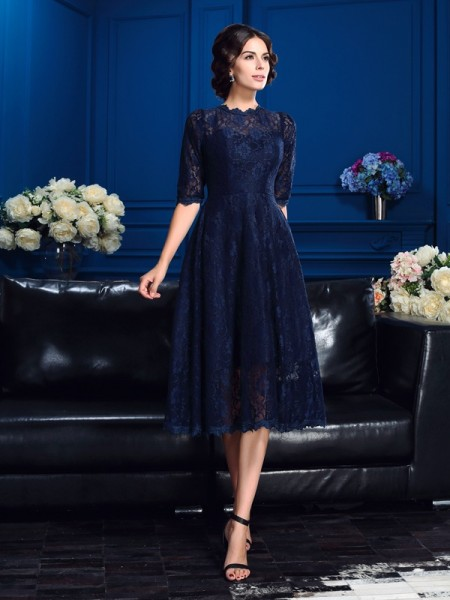 A-Line/Princess Jewel 1/2 Sleeves Knee-Length Mother Of The Bride Dress with Lace