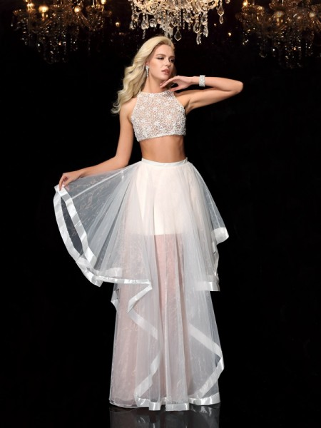 A-Line/Princess Scoop Sleeveless Floor-Length Tulle Prom Dress with Applique