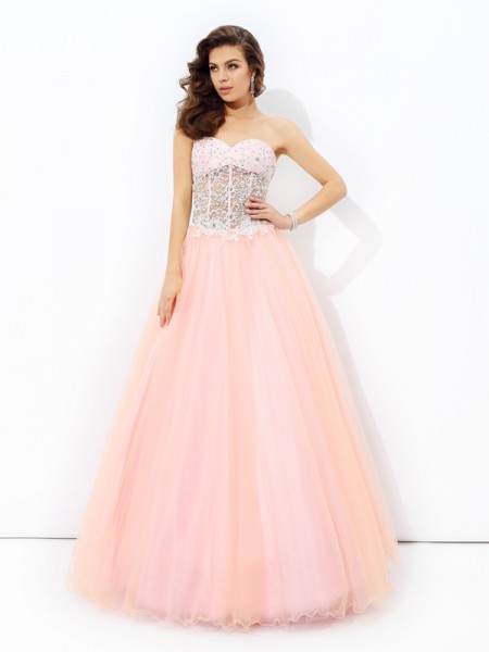 A-Line/Princess Sweetheart Sleeveless Floor-length Net Prom Dress with Lace