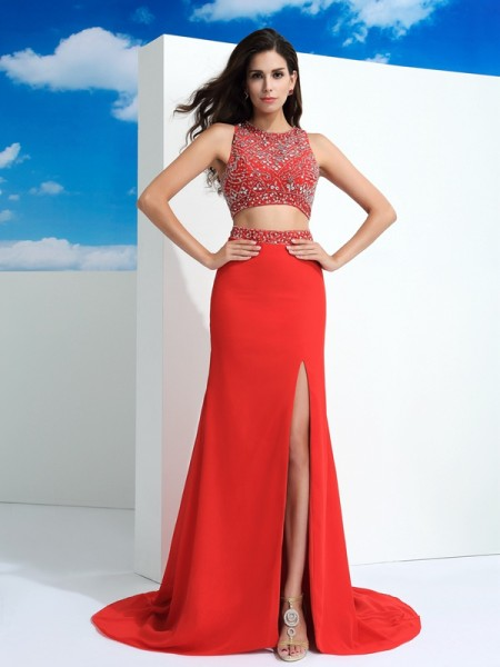 Sheath/Column Scoop Sleeveless Court Train Chiffon Prom Dress with Beading