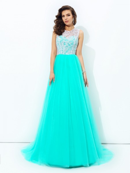 A-line/Princess Scoop Sleeveless Sweep/Brush Train Net Prom Dress with Lace