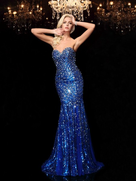Trumpet/Mermaid Sleeveless Sweetheart Sequins Court Train Prom Dress with Sequin