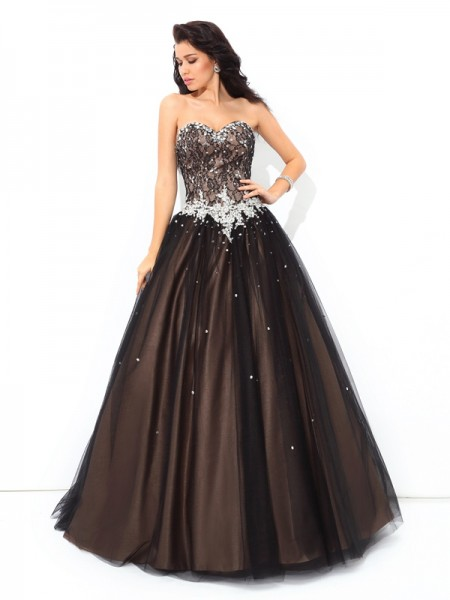 Ball Gown Sweetheart Sleeveless Floor-Length Net Quinceanera Dress with Beading