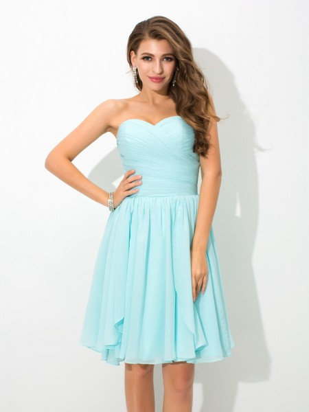 A-Line/Princess Sweetheart Sleeveless Short/Mini Chiffon Bridesmaid Dress with Pleats