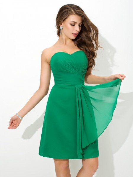 Sheath/Column Sweetheart Sleeveless Short/Mini Chiffon Bridesmaid Dress with Pleats