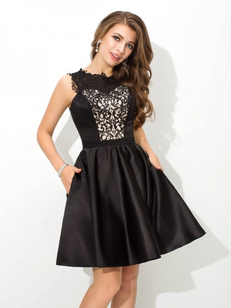 A-Line/Princess Scoop Sleeveless Short/Mini Satin Cocktail Dress with Lace