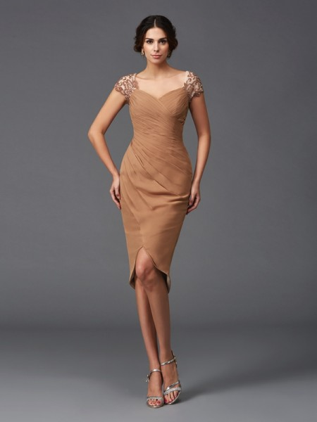 Sheath/Column Short Sleeves Sweetheart Asymmetrical Chiffon Cocktail Dress with Applique