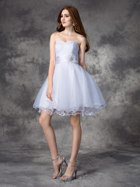 A-line/Princess Sweetheart Sleeveless Short/Mini Organza Cocktail Dress with Ruffles