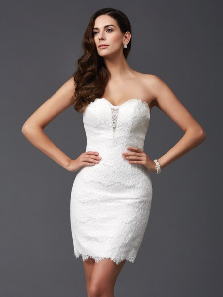 Sheath/Column Sweetheart Sleeveless Short/Mini Cocktail Dress with Lace