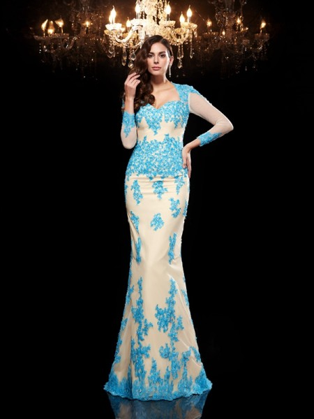 Trumpet/Mermaid Sweetheart 3/4 Sleeves Net Sweep/Brush Train Evening Dress with Applique