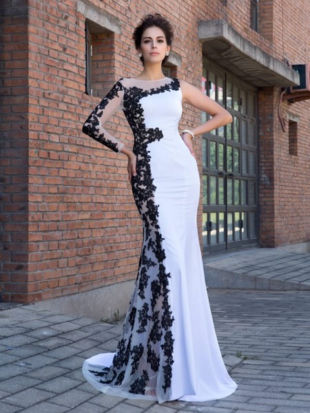 Trumpet/Mermaid Scoop Long Sleeves Chiffon Sweep/Brush Train Evening Dress with Applique