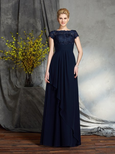 A-Line/Princess Bateau Short Sleeves Floor-Length Chiffon Mother Of The Bride Dress with Applique