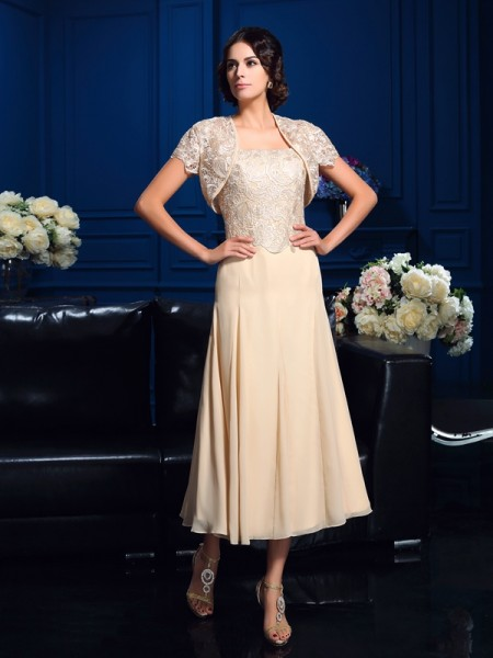 A-Line/Princess Square Sleeveless Knee-Length Chiffon Mother Of The Bride Dress