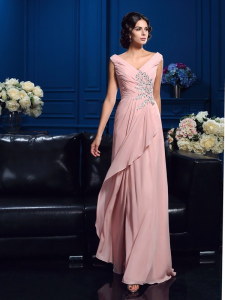 A-Line/Princess V-neck Sleeveless Sweep/Brush Train Chiffon Mother Of The Bride Dress with Beading