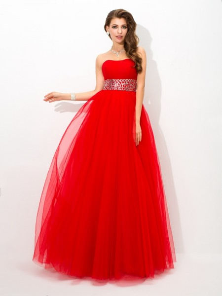 Ball Gown Strapless Sleeveless Floor-Length Net Prom Dress with Beading