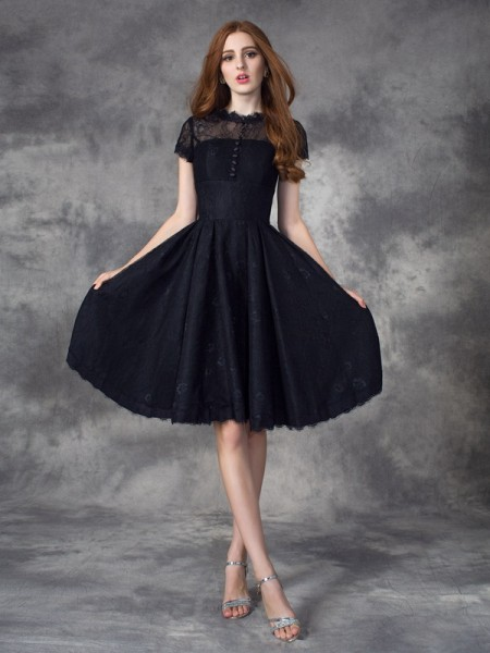 A-line/Princess Jewel Short Sleeves Knee-Length Prom Dress with Lace