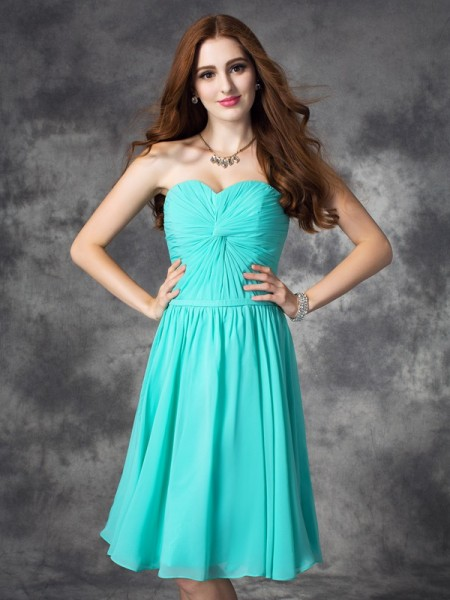 A-line/Princess Sweetheart Sleeveless Knee-Length Chiffon Prom Dress with Ruffles
