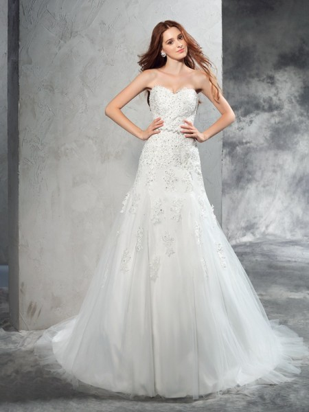 Sheath/Column Sweetheart Sleeveless Court Train Satin Wedding Dress with Applique