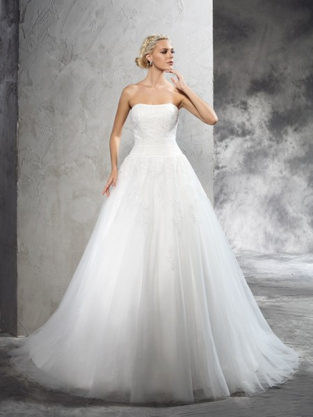 Ball Gown Strapless Sleeveless Court Train Satin Wedding Dress with Applique