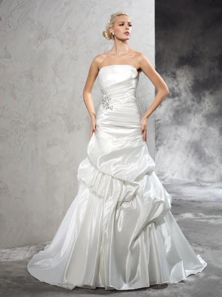 Sheath/Column Strapless Sleeveless Court Train Satin Wedding Dress with Pleats