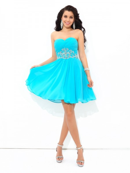 A-Line/Princess Sweetheart Sleeveless Short/Mini Chiffon Cocktail Dress with Pleats
