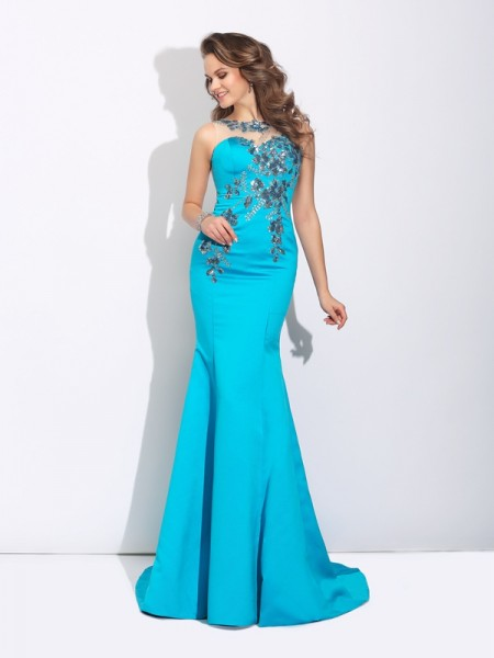 Trumpet/Mermaid Scoop Sleeveless Sweep/Brush Train Satin Evening Dress with Applique