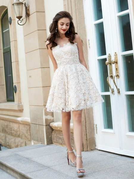 A-Line Sweetheart Short Lace Homecoming Dresses