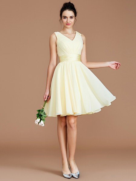 A-Line/Princess V-neck Short/Mini Chiffon Bridesmaid Dresses with Sash/Ribbon/Belt