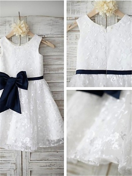 A-line Scoop Tea-length Lace Flower Girl Dresses with Bowknot