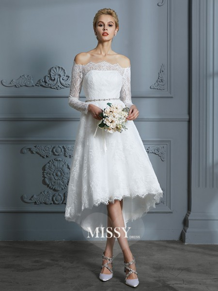 A-Line/Princess Off-the-Shoulder Asymmetrical Wedding Dresses with Lace