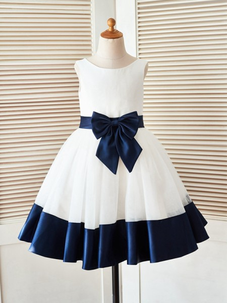 A-Line/Princess Knee-Length Scoop Sleeveless Satin Flower Girl Dresses with Bowknot