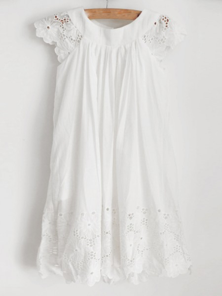 A-Line/Princess Lace Scoop Sleeveless Knee-Length Flower Girl Dresses with Ruffles
