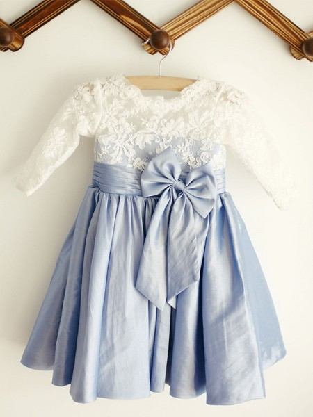 A-Line/Princess Scoop Long Sleeves Taffeta Knee-Length Flower Girl Dresses with Lace
