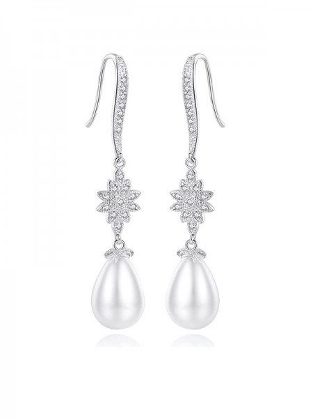Latest Design Imitation Pearls Earrings