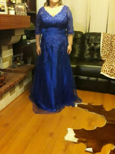 A-Line/Princess V-neck Floor-Length Tulle Mother Of The Bride Dresses with Applique