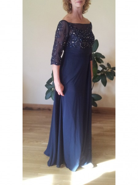 A-Line/Princess Bateau Floor-Length Chiffon Mother Of The Bride Dresses with Beading