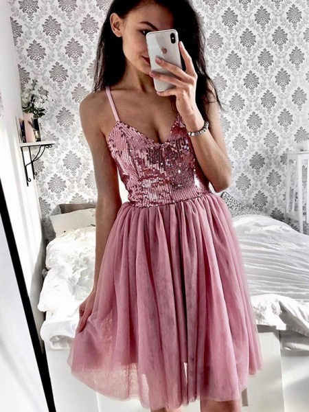 A-Line/Princess Tulle Spaghetti Straps Sleeveless Short/Mini Homecoming Dresses with Sequin