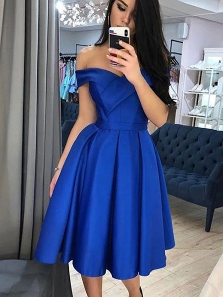 A-Line/Princess Satin Off-the-Shoulder Sleeveless Knee-Length Homecoming Dresses with Ruffles