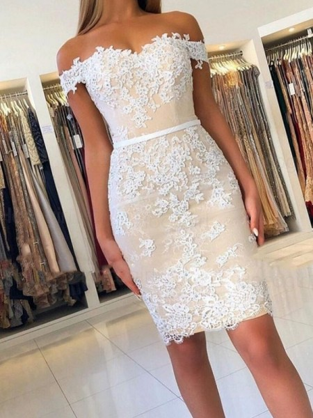 Sheath/Column Lace Off-the-Shoulder Sleeveless Short/Mini Homecoming Dresses with Applique
