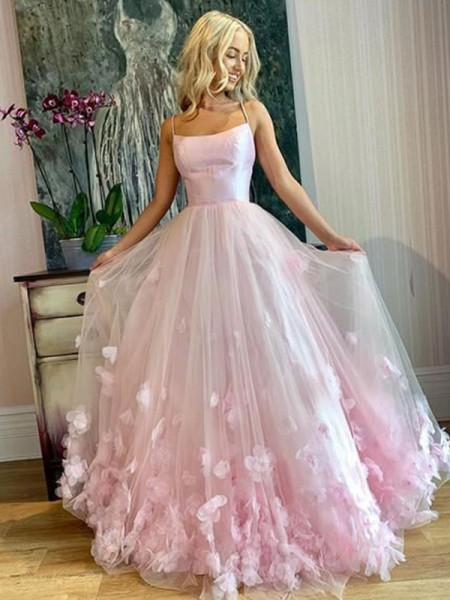 A-Line/Princess Bateau Tulle Floor-Length Sleeveless Dresses with Applique