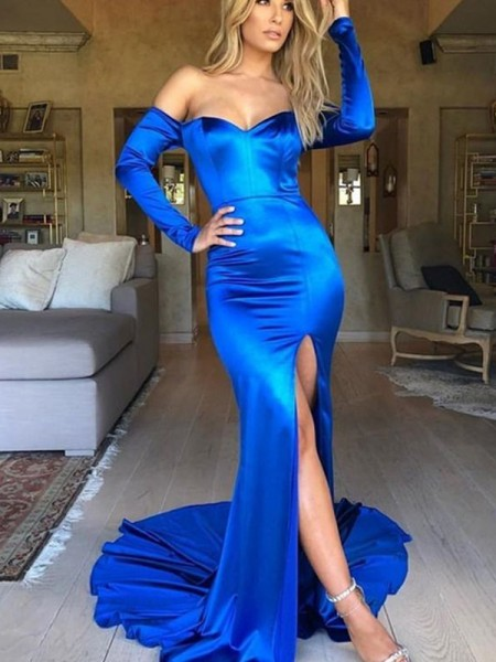 Trumpet/Mermaid Satin V-neck Long Sleeves Court Train Dresses with Ruched